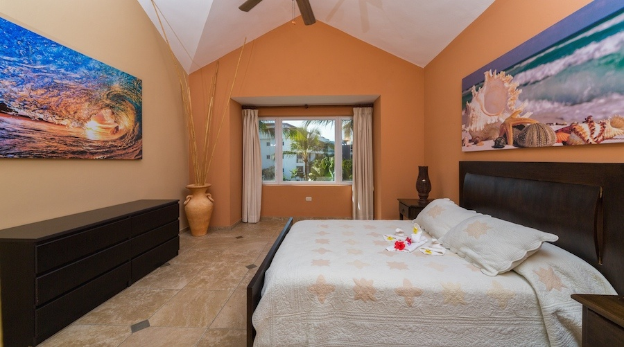 cabarete-luxury-rental-3-rooms-queen-bed
