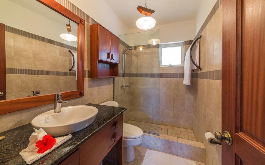 cabarete-studio-rental-bathroom