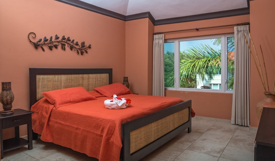 cabarete-vacation-rental-2-bedroom-master-bedroom